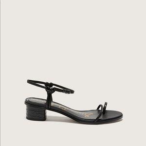 Sam Edelman black wide isle heeled sandals size9.5